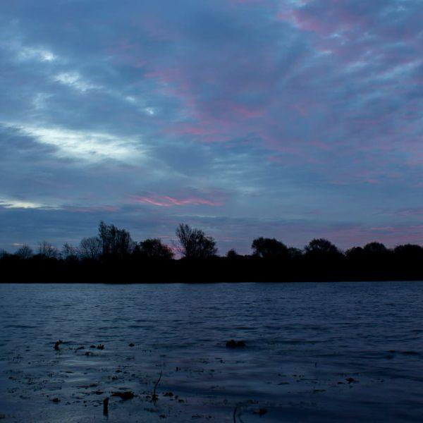 Sonnenaufgang am kleinen See in Sillenstede